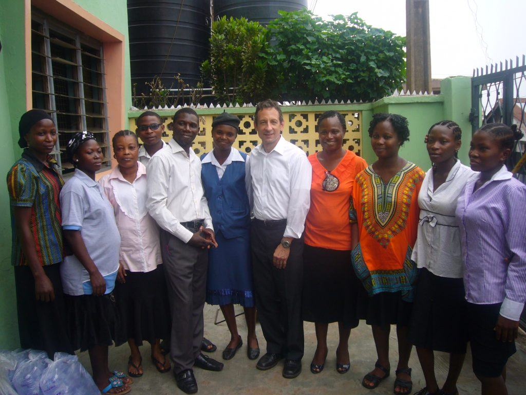 Professional Volunteer Vacation in Africa - Education